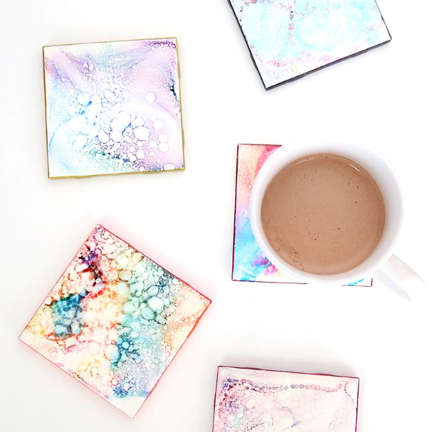 Cheap DIY Gift Ideas - Faux Granite Coasters - List of Handmade Gifts on A Budget and Inexpensive Christmas Presents - Do It Yourself Gift Idea for Family and Friends, Mom and Dad, For Guys and Women, Boyfriend, Girlfriend, BFF, Kids and Teens - Dollar Store and Dollar Tree Crafts, Home Decor, Room Accessories and Fun Things to Make At Home http://diyjoy.com/cheap-diy-gift-ideas