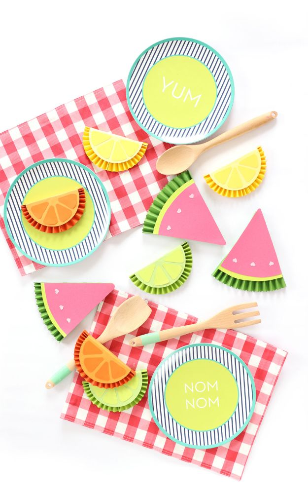 Paper Crafts DIY - Fruity Paper Medallions - Papercraft Tutorials and Easy Projects for Make for Decoration and Gift IDeas - Origami, Paper Flowers, Heart Decoration, Scrapbook Notions, Wall Art, Christmas Cards, Step by Step Tutorials for Crafts Made From Papers #crafts