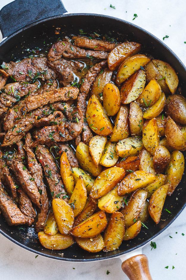 Simple Quick Dinner Recipes - Garlic Butter Steak And Potatoes - Quick and Simple Dinner Recipe Ideas for Weeknight and Last Minute Supper - Chicken, Ground Beef, Fish, Pasta, Healthy Salads, Low Fat and Vegetarian Dishes #easyrecipes #dinnerideas #recipes