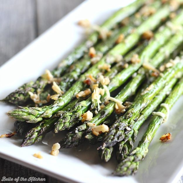 Asparagus Recipes - Garlic Parmesan Roasted Asparagus - DIY Asparagus Recipe Ideas for Homemade Soups, Sides and Salads - Easy Tutorials for Roasted, Sauteed, Steamed, Baked, Grilled and Pureed Asparagus - Party Foods, Quick Dinners, Dishes With Cheese, Vegetarian and Vegan Options - Healthy Recipes With Step by Step Instructions http://diyjoy.com/asparagus-recipes