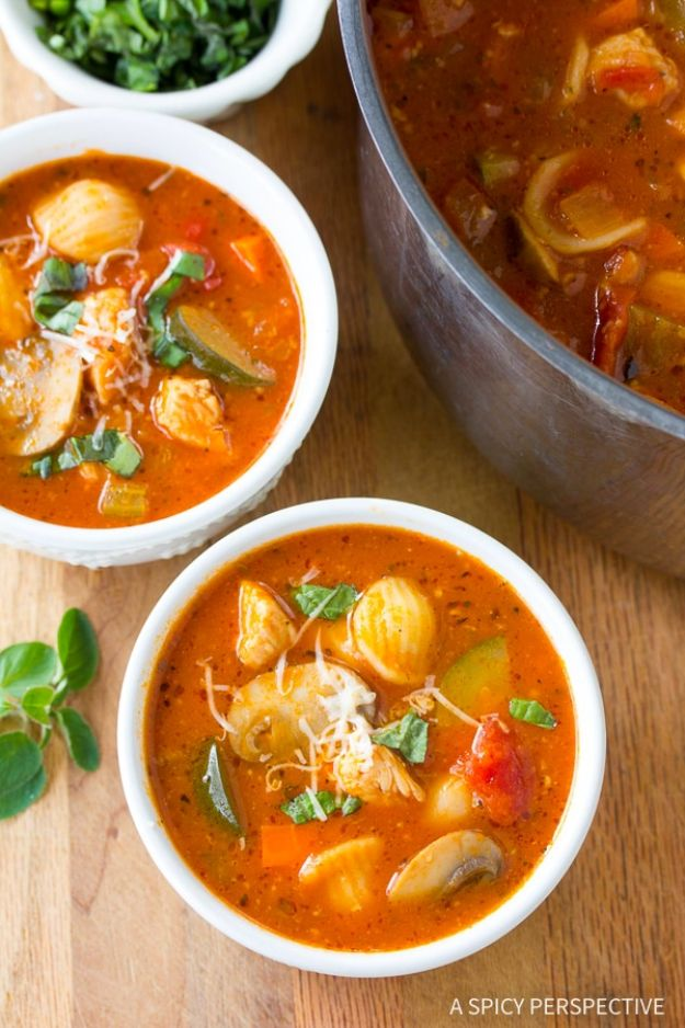 Easy Healthy Chicken Recipes - Healthy Chicken Cacciatore Soup - Lunch and Dinner Ideas, Party Foods and Casseroles, Idea for the Grill and Salads- Chicken Breast, Baked, Roastedf and Grilled Chicken - Add Shrimp, Penne Pasta, Beef, Sausage - Glazed, Barbecue and Instant Pot, Crockpot Chicken Dishes and Recipe Ideas http://diyjoy.com/easy-healthy-chicken-recipes