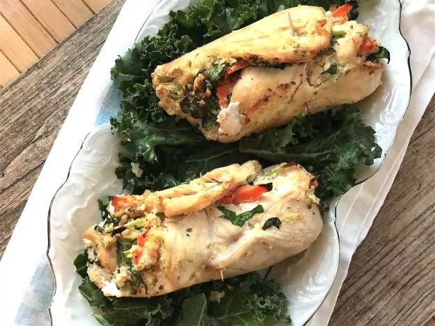 Easy Healthy Chicken Recipes - Healthy Quinoa Stuffed Chicken Roll-Ups - Lunch and Dinner Ideas, Party Foods and Casseroles, Idea for the Grill and Salads- Chicken Breast, Baked, Roastedf and Grilled Chicken #recipes #healthy #chicken