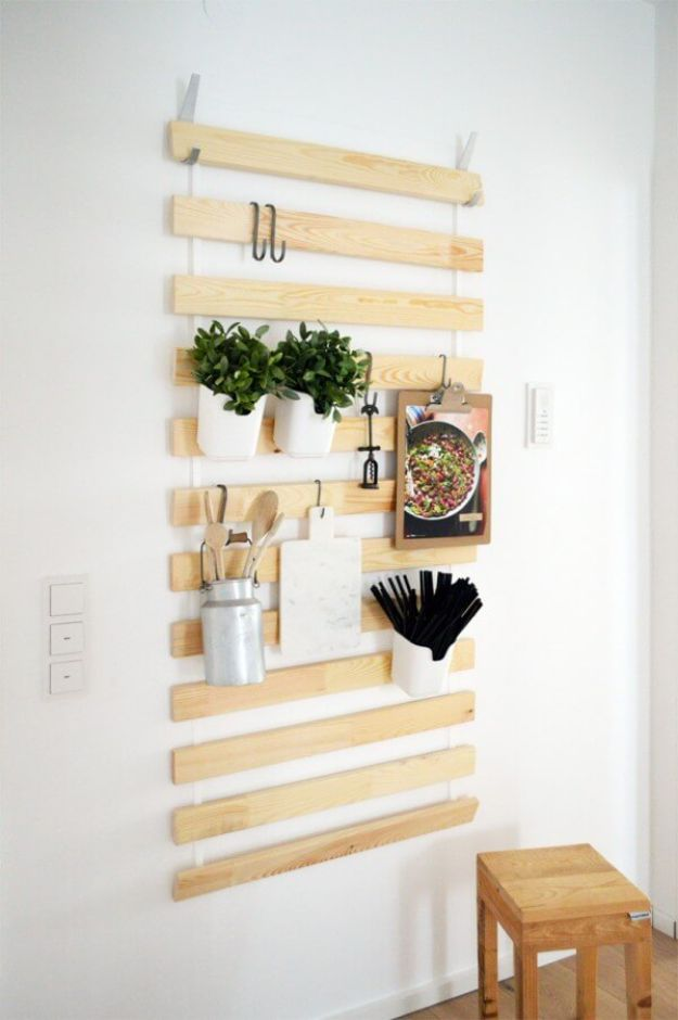 Organizing Ideas for Your Life - Hook and Ladder Project for Cooking Essentials - Easy Crafts and Cool Ideas for Getting Organized - Best Ways to Get Organized - Things to Make for Being More Efficient and Productive - DIY Storage, Shelving, Calendars, Planning #organizing