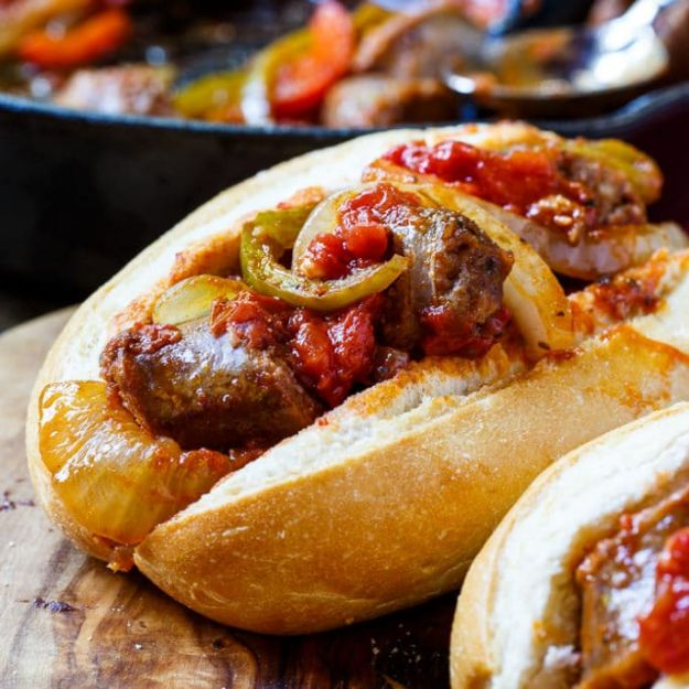 Best Italian Recipes - Italian Sausage and Peppers - Authentic and Traditional italian dishes For Dinner, Appetizers, and Easy Lunch - Pasta with Chicken, Lasagna, Noodles With Cheese, Healthy Recipe Ideas - Party Trays and Food For A Crowd - Fettucini, Spaghetti, Alfredo Sauce, Meatballs, Grilled Steak and Fish, Soup, Seafood, Vegetarian and Crockpot Versions #italian #italianfood #recipes #italianrecipes http://diyjoy.com/best-italian-recipes
