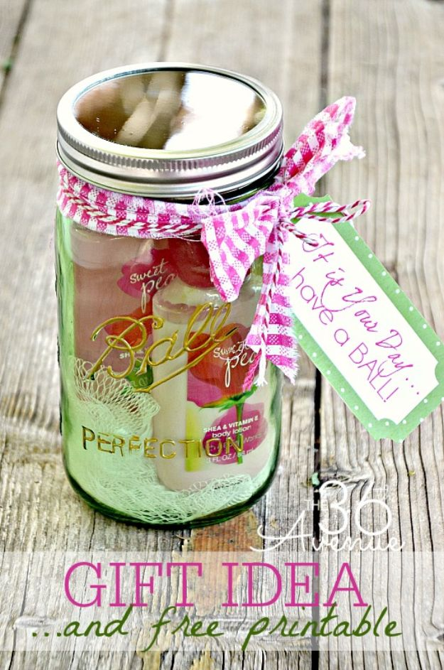 Cheap DIY Gift Ideas - Jar Gift Idea - List of Handmade Gifts on A Budget and Inexpensive Christmas Presents - Do It Yourself Gift Idea for Family and Friends, Mom and Dad, For Guys and Women, Boyfriend, Girlfriend, BFF, Kids and Teens - Dollar Store and Dollar Tree Crafts, Home Decor, Room Accessories and Fun Things to Make At Home http://diyjoy.com/cheap-diy-gift-ideas