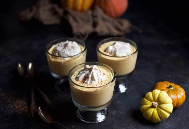 Keto Snacks - Keto Pumpkin Spice Pudding - Keto Snack Recipes and Easy Low Carb Foods for the Ketogenic Diet On the Go - Quick Things to Eat for Snacking on Keto - Crunchy Chips, Late Night, Simple Ideas for Work, Sweet Treats and Store Bought Things to Buy for Travel http://diyjoy.com/keto-snacks