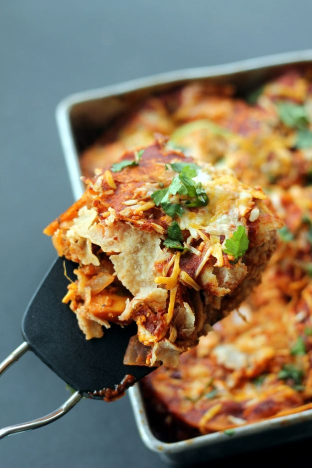 Best Casserole Recipes - Layered BBQ Chicken & Sweet Potato Enchilada Casserole - Healthy One Pan Meals Made With Chicken, Hamburger, Potato, Pasta Noodles and Vegetable - Quick Casseroles Kids Like - Breakfast, Lunch and Dinner Options - Mexican, Italian and Homestyle Favorites - Party Foods for A Crowd and Potluck Dishes #recipes #casseroles