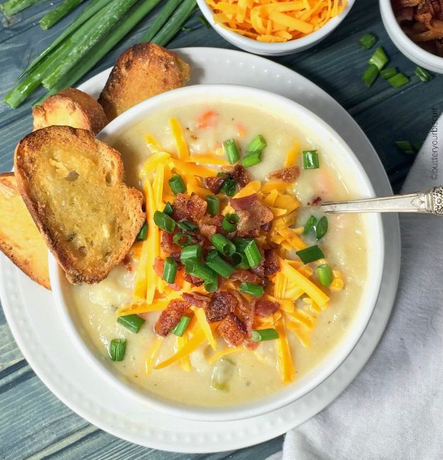 Soup Recipes - Loaded Potato Soup - Healthy Soups and Recipe Ideas - Easy Slow Cooker Dishes, Soup Recipe for Chicken, Sausage, With Ground Beef, Potato, Vegetarian, Mexican and Asian Varieties - Creamy Soups for Winter and Fall - Low Carb and Keto Meals - Quick Bean Soup and Copycat Recipes http://diyjoy.com/soup-recipes