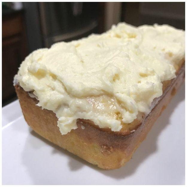 Keto Dessert Recipes - Low Carb Lemon Pound Cake Keto Friendly Recipe - Easy Ketogenic Diet Dessert Recipes and Recipe Ideas - Shakes, Cakes In A Mug, Low Carb Brownies, Gluten Free Cookies #keto #ketorecipes #desserts