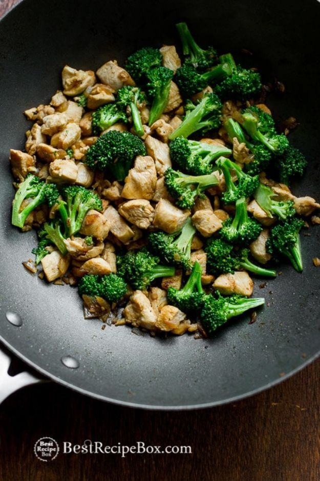 Easy Healthy Chicken Recipes - Low Fat Chicken Broccoli - Lunch and Dinner Ideas, Party Foods and Casseroles, Idea for the Grill and Salads- Chicken Breast, Baked, Roastedf and Grilled Chicken - Add Shrimp, Penne Pasta, Beef, Sausage - Glazed, Barbecue and Instant Pot, Crockpot Chicken Dishes and Recipe Ideas http://diyjoy.com/easy-healthy-chicken-recipes