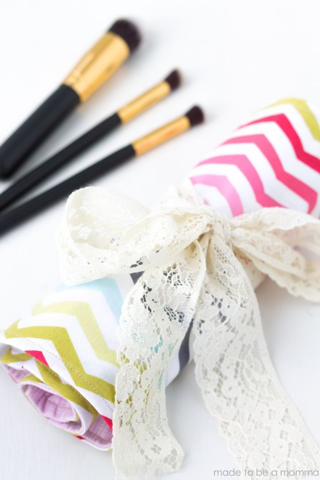 Cheap DIY Gift Ideas - Makeup Brush Roll - List of Handmade Gifts on A Budget and Inexpensive Christmas Presents - Do It Yourself Gift Idea for Family and Friends, Mom and Dad, For Guys and Women, Boyfriend, Girlfriend, BFF, Kids and Teens - Dollar Store and Dollar Tree Crafts, Home Decor, Room Accessories and Fun Things to Make At Home http://diyjoy.com/cheap-diy-gift-ideas
