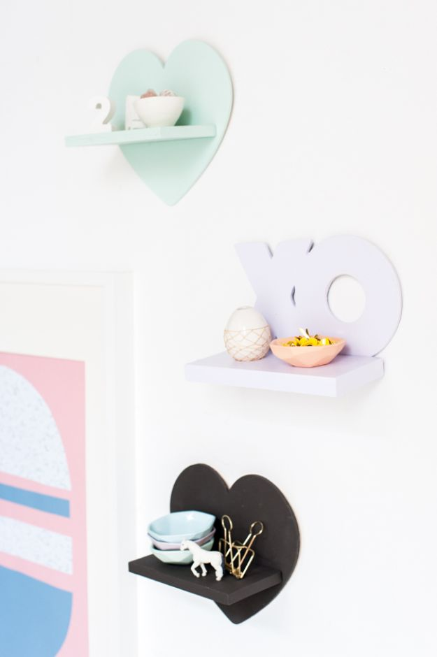 Cheap DIY Gift Ideas - Mini Shelves For Under $5 - List of Handmade Gifts on A Budget and Inexpensive Christmas Presents - Do It Yourself Gift Idea for Family and Friends, Mom and Dad, For Guys and Women, Boyfriend, Girlfriend, BFF, Kids and Teens - Dollar Store and Dollar Tree Crafts, Home Decor, Room Accessories and Fun Things to Make At Home http://diyjoy.com/cheap-diy-gift-ideas