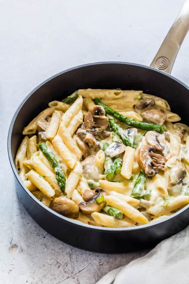 Asparagus Recipes - Mushroom Asparagus Pasta - DIY Asparagus Recipe Ideas for Homemade Soups, Sides and Salads - Easy Tutorials for Roasted, Sauteed, Steamed, Baked, Grilled and Pureed Asparagus - Party Foods, Quick Dinners, Dishes With Cheese, Vegetarian and Vegan Options - Healthy Recipes With Step by Step Instructions http://diyjoy.com/asparagus-recipes