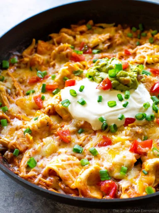 Easy Dinner Recipes - One Pan Chicken Enchilada Skillet - Quick and Simple Dinner Recipe Ideas for Weeknight and Last Minute Supper - Chicken, Ground Beef, Fish, Pasta, Healthy Salads, Low Fat and Vegetarian Dishes - Easy Meals for the Family, for Two, for One and Cook Ahead Crockpoit Dinners - Cheap Casseroles and Budget Friendly Foods to Make at Home http://diyjoy.com/easy-dinner-recipes