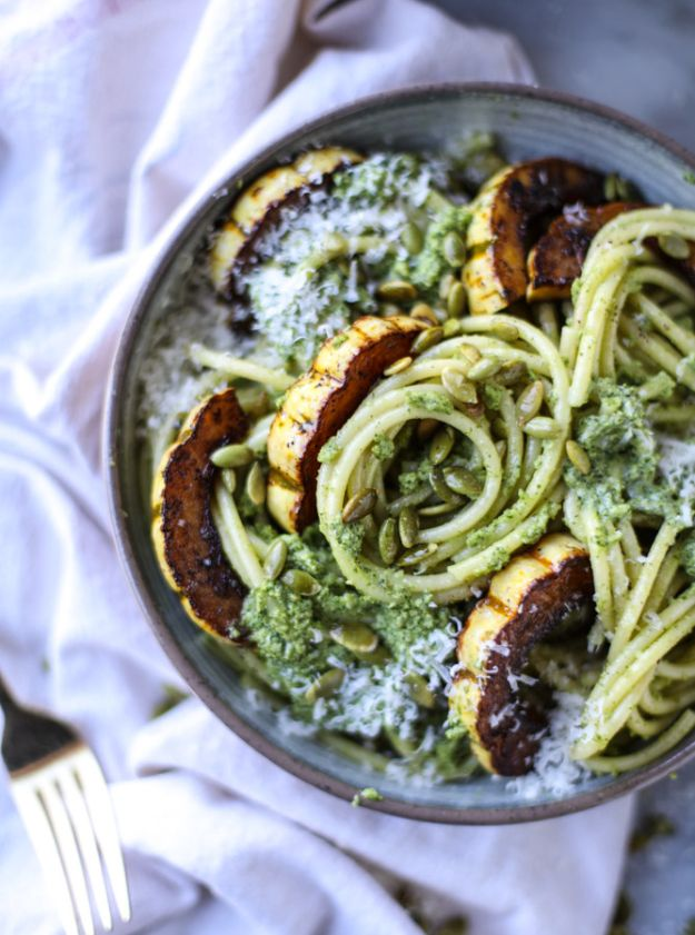 Best Pasta Recipes - Pumpkin Seed Pesto Pasta With Caramelized Delicata Squash - Easy Pasta Recipe Ideas for Dinner, Lunch and Party Foods - Healthy and Easy Pastas With Shrimp, Beef, Chicken, Sausage, Tomato and Vegetarian - Creamy Alfredo, Marinara Red Sauce - Homemade Sauces and One Pot Meals for Quick Prep - Penne, Fettucini, Spaghetti, Ziti and Angel Hair http://diyjoy.com/pasta-recipes