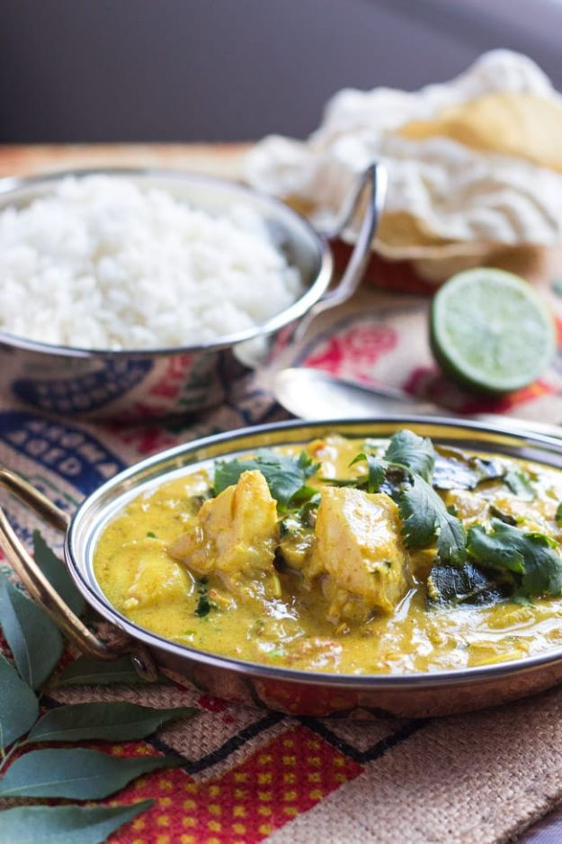 Easy Dinner Recipes - Quick Fish Curry - Quick and Simple Dinner Recipe Ideas for Weeknight and Last Minute Supper - Chicken, Ground Beef, Fish, Pasta, Healthy Salads, Low Fat and Vegetarian Dishes - Easy Meals for the Family, for Two, for One and Cook Ahead Crockpoit Dinners - Cheap Casseroles and Budget Friendly Foods to Make at Home http://diyjoy.com/easy-dinner-recipes