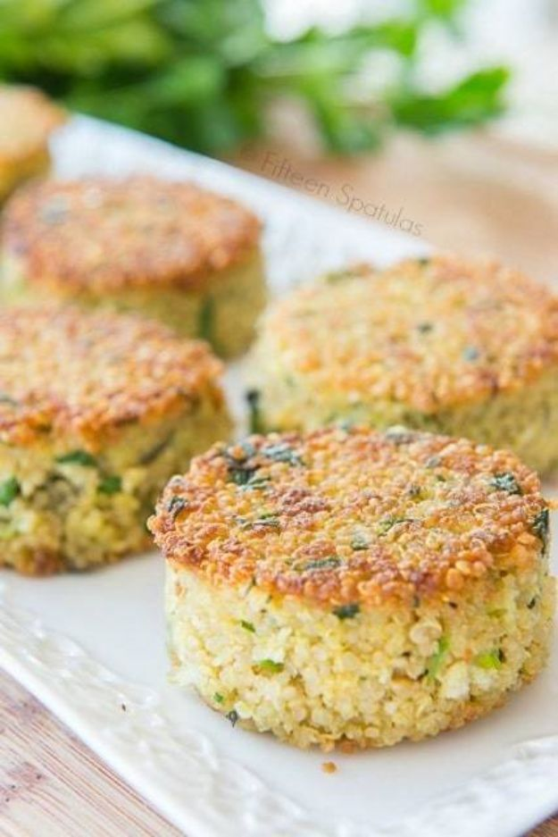 Easy Dinner Recipes - Quinoa Cakes with Parmesan - Quick and Simple Dinner Recipe Ideas for Weeknight and Last Minute Supper - Chicken, Ground Beef, Fish, Pasta, Healthy Salads, Low Fat and Vegetarian Dishes - Easy Meals for the Family, for Two, for One and Cook Ahead Crockpoit Dinners - Cheap Casseroles and Budget Friendly Foods to Make at Home http://diyjoy.com/easy-dinner-recipes