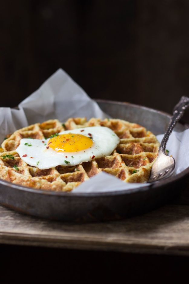 Keto Breakfast Recipes - Savory Cauliflower Waffles - Low Carb Breakfasts and Morning Meals for the Ketogenic Diet - Low Carbohydrate Foods on the Go - Easy Crockpot Recipes and Casserole - Muffins and Pancakes, Shake and Smoothie, Ideas With No Eggs #keto