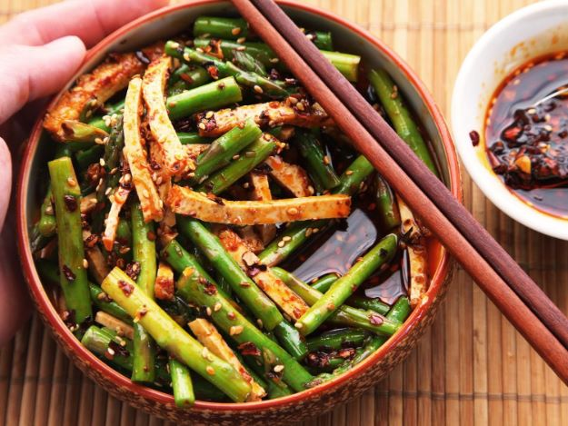 Asparagus Recipes - Sichuan-Style Asparagus and Tofu Salad - DIY Asparagus Recipe Ideas for Homemade Soups, Sides and Salads - Easy Tutorials for Roasted, Sauteed, Steamed, Baked, Grilled and Pureed Asparagus - Party Foods, Quick Dinners, Dishes With Cheese, Vegetarian and Vegan Options - Healthy Recipes With Step by Step Instructions http://diyjoy.com/asparagus-recipes