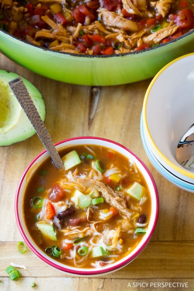 Soup Recipes - Skinny Chicken Fajita Soup - Healthy Soups and Recipe Ideas - Easy Slow Cooker Dishes, Soup Recipe for Chicken, Sausage, With Ground Beef, Potato, Vegetarian, Mexican and Asian Varieties - Creamy Soups for Winter and Fall - Low Carb and Keto Meals - Quick Bean Soup and Copycat Recipes #soup #recipes