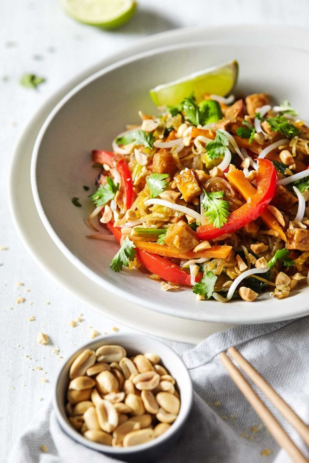 Veggie Noodle Recipes - Spaghetti Squash Pad Thai - How to Cook With Veggie Noodles - Healthy Pasta Recipe Ideas - How to Make Veggie Noodles With Carrots and Zucchini - Vegan, Vegetarian , Keto and Low Carb Dishes for Your Diet - Meatballs, Chicken, Cheese, Asian Stir Fry, Salad and Raw Preparations #veggienoodles #recipes #keto #lowcarb #ketorecipes http://diyjoy.com/veggie-noodle-recipes
