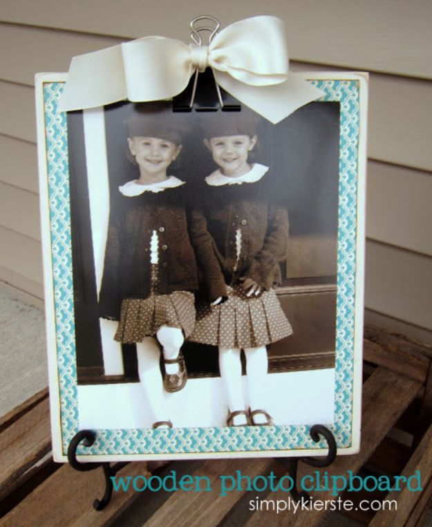 Cheap DIY Gift Ideas - Wood Photo Clipboard - List of Handmade Gifts on A Budget and Inexpensive Christmas Presents - Do It Yourself Gift Idea for Family and Friends, Mom and Dad, For Guys and Women, Boyfriend, Girlfriend, BFF, Kids and Teens - Dollar Store and Dollar Tree Crafts, Home Decor, Room Accessories and Fun Things to Make At Home #diygifts #christmas #giftideas #diy