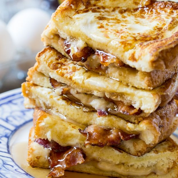 French Toast Recipes - Bacon Stuffed French Toast - Best Brunch Bites and Breakfast Ideas for French Toast - Stuffed, Baked and Creme Brulee Toasts With Fruit - Healthy Sugar Free, Gluten Free and Keto Versions - Casserole Ideas for Parties and Feeding A Crowd, Sticks and Overnight Prep - How To Make French Toast Perfectly, Classic Powdered Sugar French Toast Recipe http://diyjoy.com/french-toast-recipes