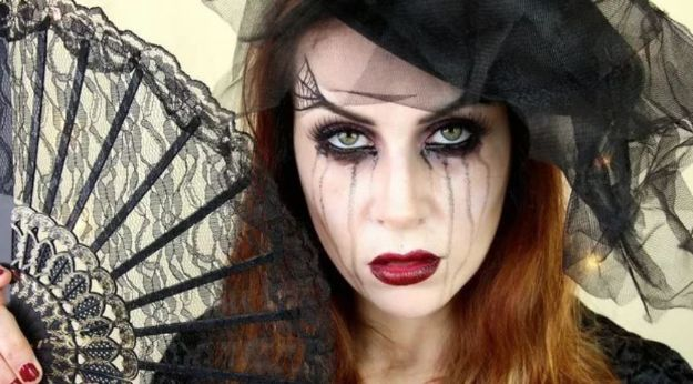 Best Halloween Makeup Tutorials - Black Widow Makeup - Easy Makeup Tips and Tutorial Ideas for The Best Halloween Costume - Animals, Eyes, Creative Faces, Simple and Scary Ghosts, Skeletons and Creatures - Zombie Makeup, Cute Looks, DIY Vampire, Gypsy, Mermaid and Creepy Sugar Skull, Cool Glam Looks for A Halloween Party and Instagram Photos - Ideas for Couples and Kids