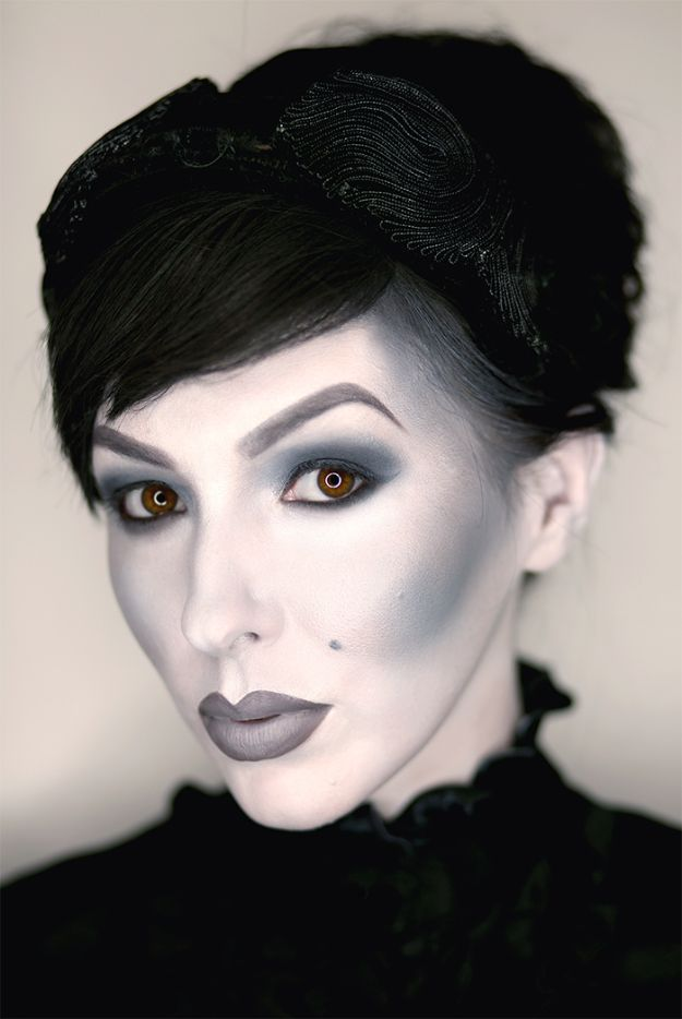 Best Halloween Makeup Tutorials - Black and White Grayscale Makeup - Easy Makeup Tips and Tutorial Ideas for The Best Halloween Costume - Animals, Eyes, Creative Faces, Simple and Scary Ghosts, Skeletons and Creatures - Zombie Makeup, Cute Looks, DIY Vampire, Gypsy, Mermaid and Creepy Sugar Skull, Cool Glam Looks for A Halloween Party and Instagram Photos - Ideas for Couples and Kids http://diyjoy.com/best-halloween-makeup-tutorials