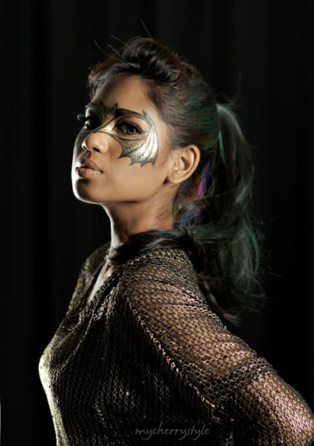 Best Halloween Makeup Tutorials - Creative Bat Eye Makeup - Easy Makeup Tips and Tutorial Ideas for The Best Halloween Costume - Animals, Eyes, Creative Faces, Simple and Scary Ghosts, Skeletons and Creatures - Zombie Makeup, Cute Looks, DIY Vampire, Gypsy, Mermaid and Creepy Sugar Skull, Cool Glam Looks for A Halloween Party and Instagram Photos - Ideas for Couples and Kids http://diyjoy.com/best-halloween-makeup-tutorials