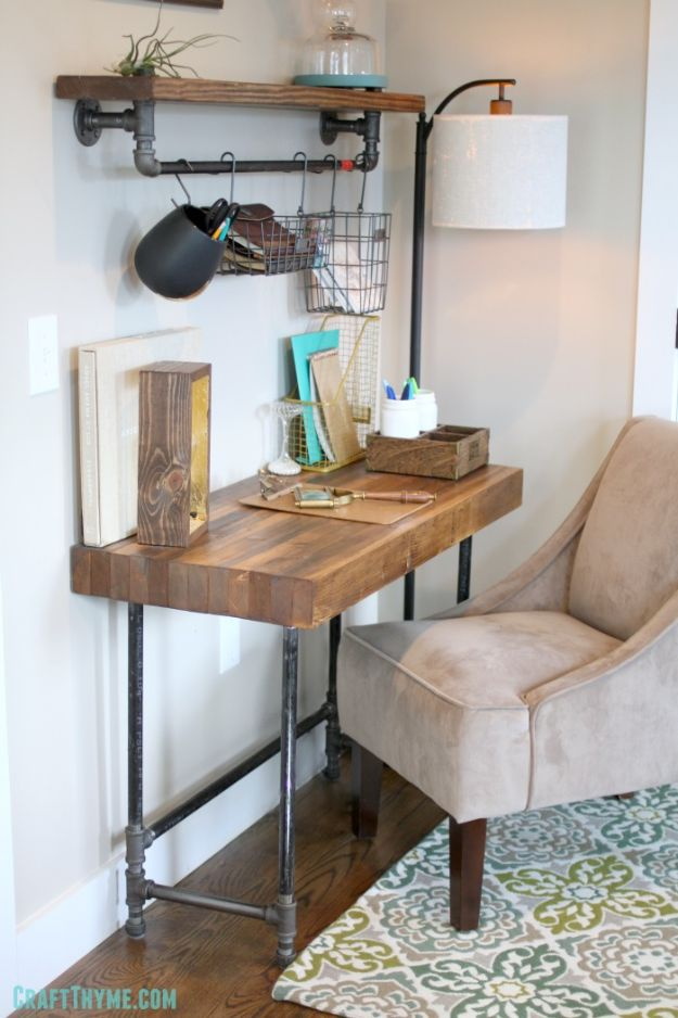 DIY Desks - Custom Industrial Wooden Desk - Easy To Make Do It Yourself Desk Projects With Step by Step tutorials - Rustic Wood Pallet, Farmhouse Style Furniture, Modern Design and Upcycling Makeover Project Plans - Standing Computer Desks, Ideas for Small Spaces and Home Office - Cheap Desks With Built In Organization, With Storage, With Hutch and Filing Cabinets