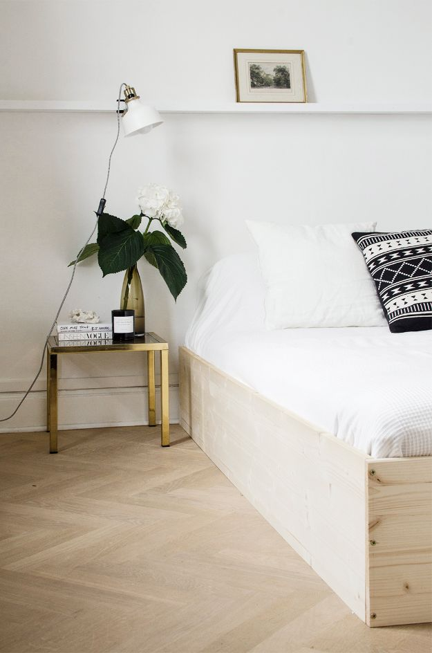 Do It Yourself Home Design: 34 DIY Bed Frames To Make Your Bedroom Furniture Dreams