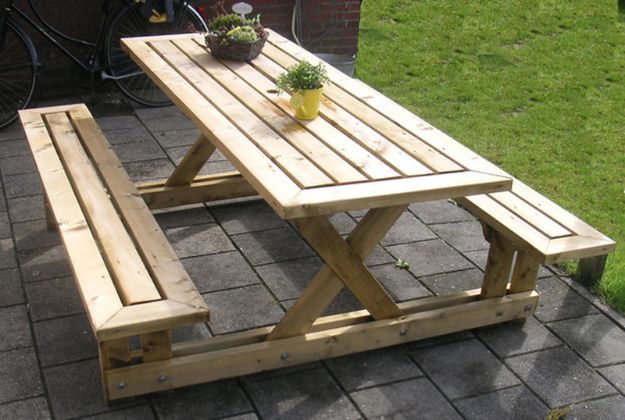 DIY Outdoor Furniture - DIY Picnic Table - Cheap and Easy Ideas for Patio and Porch Seating and Tables, Chairs, Sofas - How To Make Outdoor Furniture Projects on A Budget - Fmaily Friendly Decor Kids Love - Quick Projects to Make This Weekend - Swings, Pallet Tables, End Tables, Rocking Chairs, Daybeds and Benches