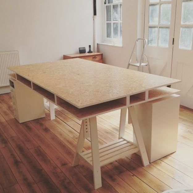 DIY Desks - DIY Plywood Desk - Easy To Make Do It Yourself Desk Projects With Step by Step tutorials - Rustic Wood Pallet, Farmhouse Style Furniture, Modern Design and Upcycling Makeover Project Plans - Standing Computer Desks, Ideas for Small Spaces and Home Office - Cheap Desks With Built In Organization, With Storage, With Hutch and Filing Cabinets http://diyjoy.com/diy-desksDIY Desks - DIY Standing Desk Transformation - Easy To Make Do It Yourself Desk Projects With Step by Step tutorials - Rustic Wood Pallet, Farmhouse Style Furniture, Modern Design and Upcycling Makeover Project Plans - Standing Computer Desks, Ideas for Small Spaces and Home Office - Cheap Desks With Built In Organization, With Storage, With Hutch and Filing Cabinets http://diyjoy.com/diy-desks