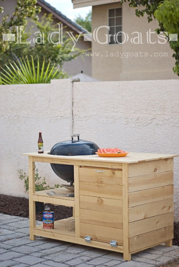 DIY Outdoor Furniture - DIY Potting Table - Cheap and Easy Ideas for Patio and Porch Seating and Tables, Chairs, Sofas - How To Make Outdoor Furniture Projects on A Budget - Fmaily Friendly Decor Kids Love - Quick Projects to Make This Weekend - Swings, Pallet Tables, End Tables, Rocking Chairs, Daybeds and Benches http://diyjoy.com/diy-outdoor-furniture