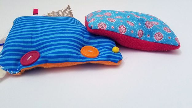 Sewing Projects for Beginners - DIY Sensory Toy - Easy Sewing Project Ideas and Free Patterns for Basic Clothing, Kids Clothes, Quick Baby Gifts, DIY Bags, Sewing Crafts to Make and Sell on Etsy - Scarf Tutorial, Blankets, Stuffed Animals, Home Decor and Linens, Curtains and Bedding, Hand Sewn cute christmas gifts to sew