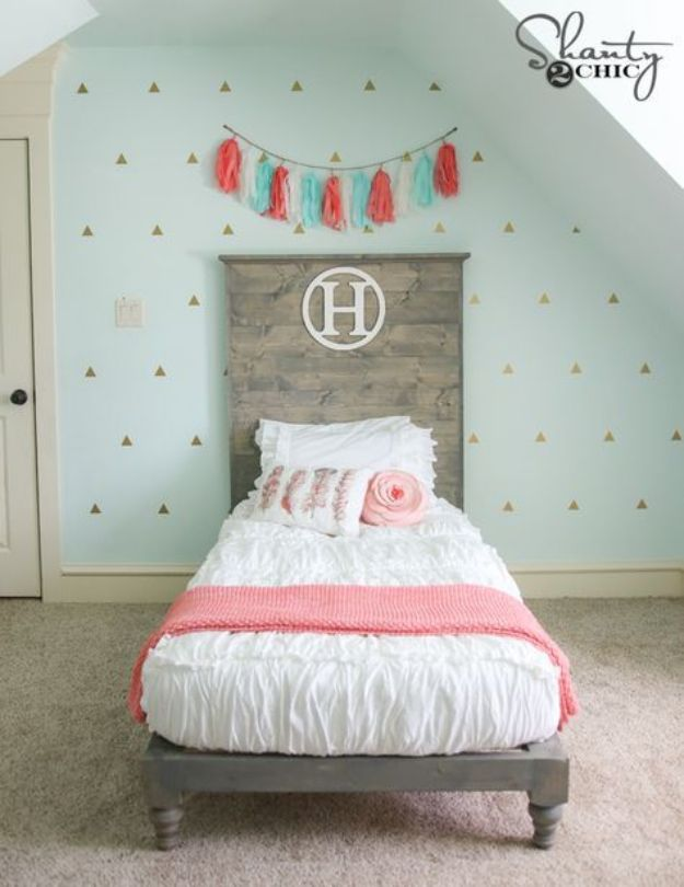DIY Bed Frames - DIY Twin Platform Bed and Headboard - How To Make a Headboard - Do It Yourself Projects for Platform Beds, Twin, King, Queen and Full Bed - Kids Rooms, Drawers and Storage Units, Bookshelf step by step tutorial free plans