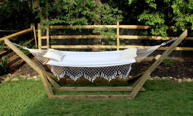 DIY Outdoor Furniture - Free-Standing Hammock Stand - Cheap and Easy Ideas for Patio and Porch Seating and Tables, Chairs, Sofas - How To Make Outdoor Furniture Projects on A Budget - Fmaily Friendly Decor Kids Love - Quick Projects to Make This Weekend - Swings, Pallet Tables, End Tables, Rocking Chairs, Daybeds and Benches http://diyjoy.com/diy-outdoor-furniture