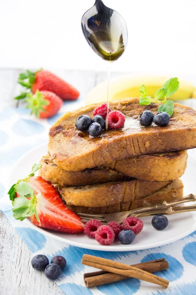 French Toast Recipes - French Toast Without Milk and Eggs - Best Brunch Bites and Breakfast Ideas for French Toast - Stuffed, Baked and Creme Brulee Toasts With Fruit - Healthy Sugar Free, Gluten Free and Keto Versions - Casserole Ideas for Parties and Feeding A Crowd, Sticks and Overnight Prep - How To Make French Toast Perfectly, Classic Powdered Sugar French Toast Recipe http://diyjoy.com/french-toast-recipes