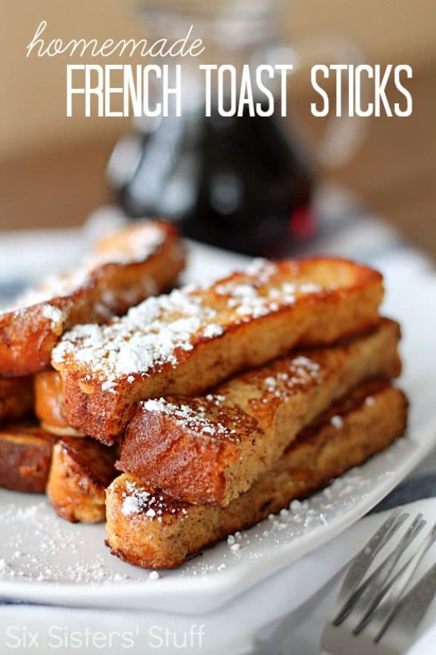 French Toast Recipes - Homemade French Toast Sticks - Best Brunch Bites and Breakfast Ideas for French Toast - Stuffed, Baked and Creme Brulee Toasts With Fruit - Healthy Sugar Free, Gluten Free and Keto Versions - Casserole Ideas for Parties and Feeding A Crowd, Sticks and Overnight Prep - How To Make French Toast Perfectly, Classic Powdered Sugar French Toast Recipe http://diyjoy.com/french-toast-recipes