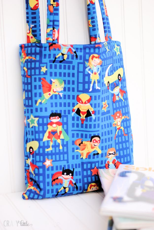 Sewing Projects for Beginners - Library Tote Bag - Easy Sewing Project Ideas and Free Patterns for Basic Clothing, Kids Clothes, Quick Baby Gifts, DIY Bags, Sewing Crafts to Make and Sell on Etsy - Scarf Tutorial, Blankets, Stuffed Animals, Home Decor and Linens, Curtains and Bedding, Hand Sewn cute christmas gifts to sew