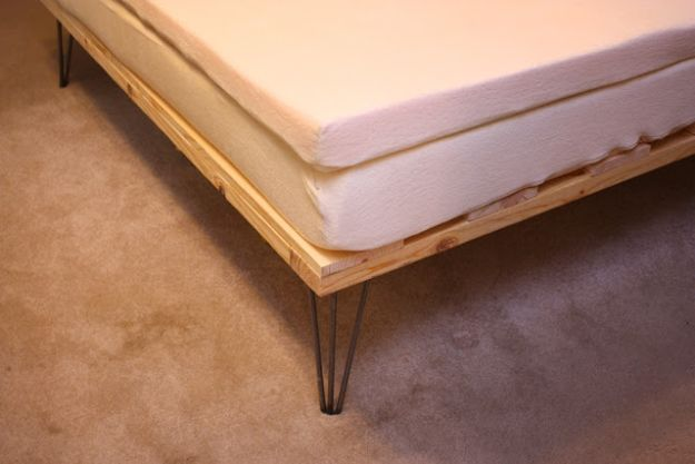 DIY Bed Frames - Memory Foam Mattress Bed - How To Make a Headboard - Do It Yourself Projects for Platform Beds, Twin, King, Queen and Full Bed - Kids Rooms, Drawers and Storage Units, Bookshelf step by step tutorial free plans