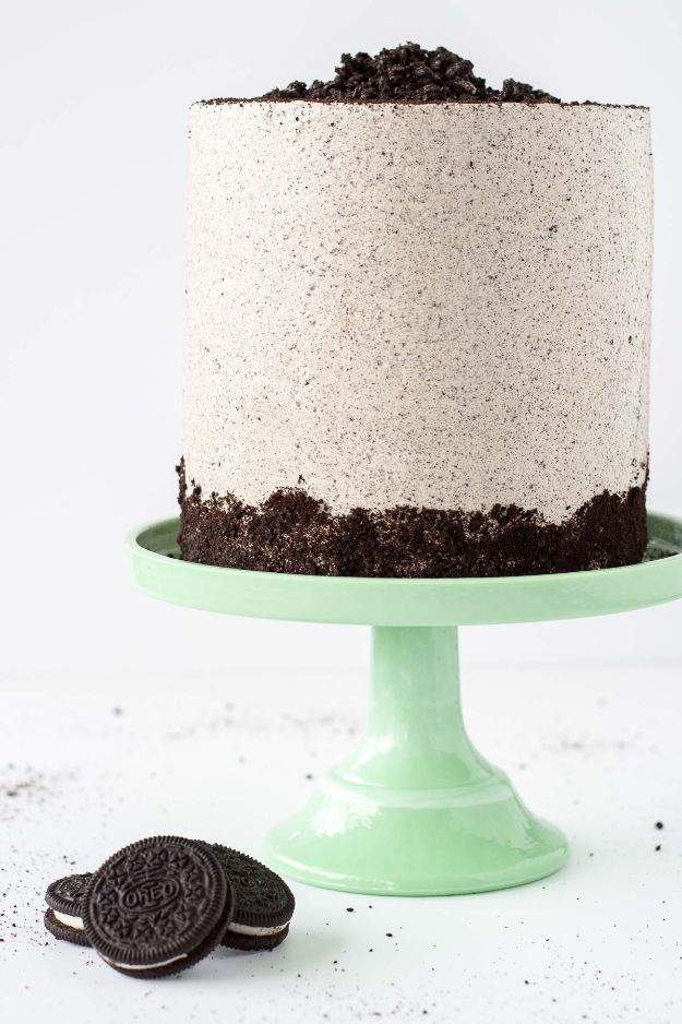 DIY Birthday Cakes - Oreo Cake - How To Make A Birthday Cake With Step by Step Tutorial - Bake Homemade Cakes for Special Occasions and Birthdays With These Best Birthday Cake Recipes - Fancy Chocolate, Basic Vanilla Buttercream easy cakes recipes birthdays