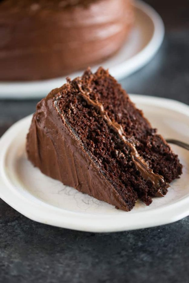 DIY Birthday Cakes - Perfect Chocolate Cake - How To Make A Birthday Cake With Step by Step Tutorial - Bake Homemade Cakes for Special Occasions and Birthdays With These Best Birthday Cake Recipes - Fancy Chocolate, Basic Vanilla Buttercream easy cakes recipes birthdays