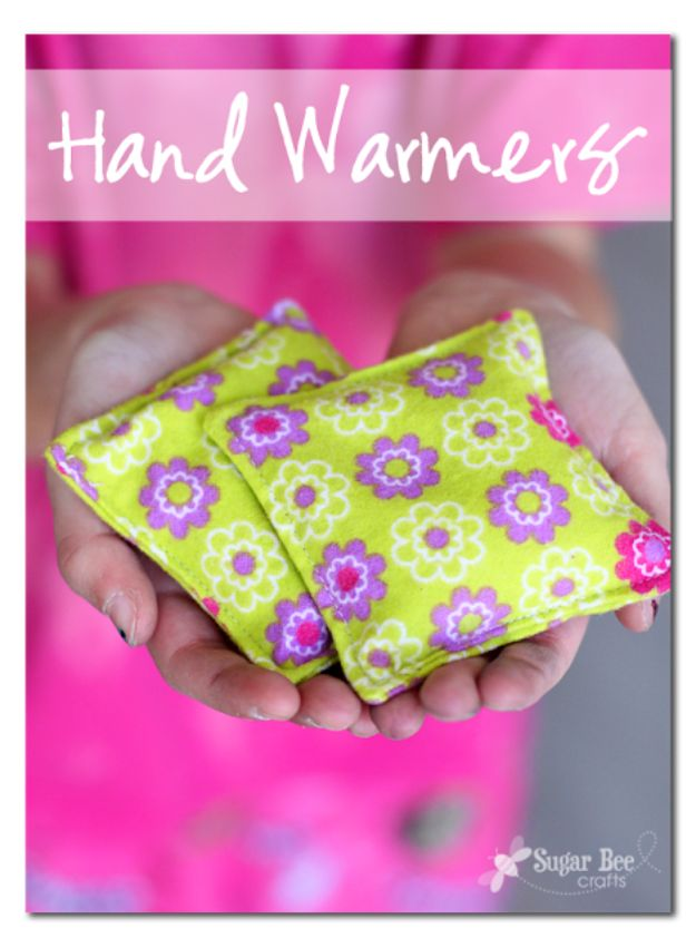 Sewing Projects for Beginners - Simple Hand Warmers - Easy Sewing Project Ideas and Free Patterns for Basic Clothing, Kids Clothes, Quick Baby Gifts, DIY Bags, Sewing Crafts to Make and Sell on Etsy - Scarf Tutorial, Blankets, Stuffed Animals, Home Decor and Linens, Curtains and Bedding, Hand Sewn cute christmas gifts to sew