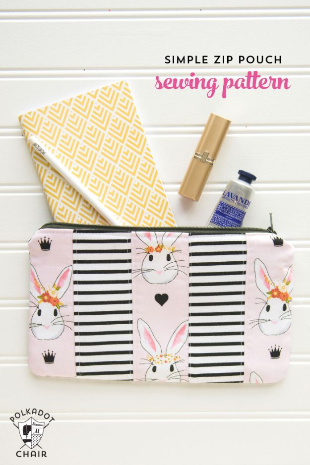 Sewing Projects for Beginners - Simple Zip Pouch - Easy Sewing Project Ideas and Free Patterns for Basic Clothing, Kids Clothes, Quick Baby Gifts, DIY Bags, Sewing Crafts to Make and Sell on Etsy - Scarf Tutorial, Blankets, Stuffed Animals, Home Decor and Linens, Curtains and Bedding, Hand Sewn cute christmas gifts to sew