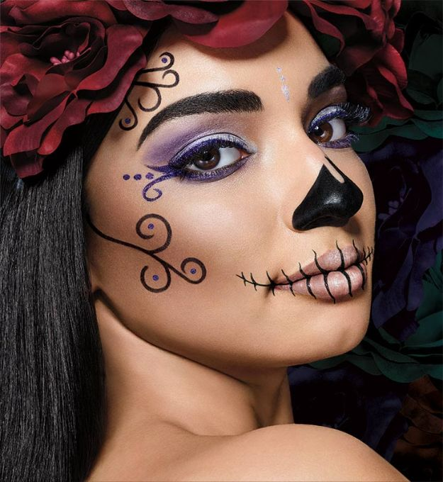 Best Halloween Makeup Tutorials - Sugar Skull Halloween Makeup - Easy Makeup Tips and Tutorial Ideas for The Best Halloween Costume - Animals, Eyes, Creative Faces, Simple and Scary Ghosts, Skeletons and Creatures - Zombie Makeup, Cute Looks, DIY Vampire, Gypsy, Mermaid and Creepy Sugar Skull, Cool Glam Looks for A Halloween Party and Instagram Photos - Ideas for Couples and Kids