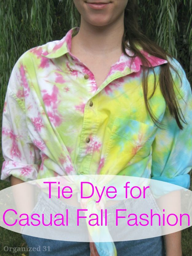 DIY Clothes for Fall - Tie Dye For Casual Fall Fashion - No Sew and Easy Designer Fashion Copycats - Tutorials for Making Your Own Clothing - Update Your Fall Wardrobe With These Cheap Shirts, Dresses, Skirts, Shoes, Scarves, Sweaters, Hats, Wraps, Coats and Bags - How To Dress For Success on A Budget - Free Sewing Tutorials for Beginners and Quick Fashion Upcycles for New Looks in 2020
