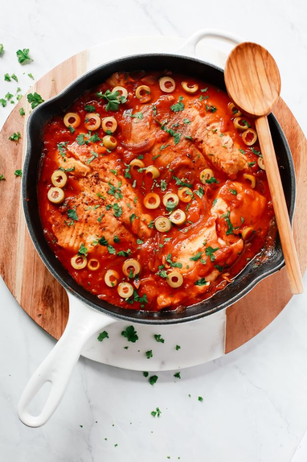 Tilapia Recipes - 3-Ingredient Tilapia Skillet - Best Recipe Ideas for Tilapia Fish - Dinner, Lunch, Snacks and Appetizers - Healthy Foods, Gluten Free Low Carb and Keto Friendly Dishes - Salads, Pastas and Easy Weeknight Dinners, Lunches for Work - Broiled, Grilled, Lemon Baked, Fried and Quick Ways to Make Tilapia http://diyjoy.com/tilapia-recipes