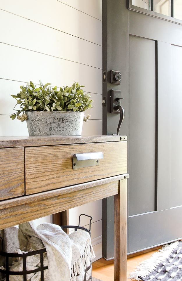 Cheap DIY Living Room Decor Ideas - Aged Inexpensive Galvanized Planters - Cool Modern, Rustic Creative Farmhouse Home Decor On A Budget - Do It Yourself Coffee Tables, Wall Art, Rugs, Pillows and Chairs. Step by Step Tutorials and Instructions #diydecor #livingroom #decorideas